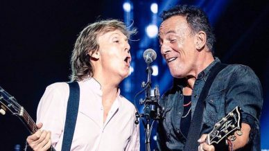 Instant Classic Watch Bruce Springsteen Join Paul Mccartney For I Saw Here Standing There At